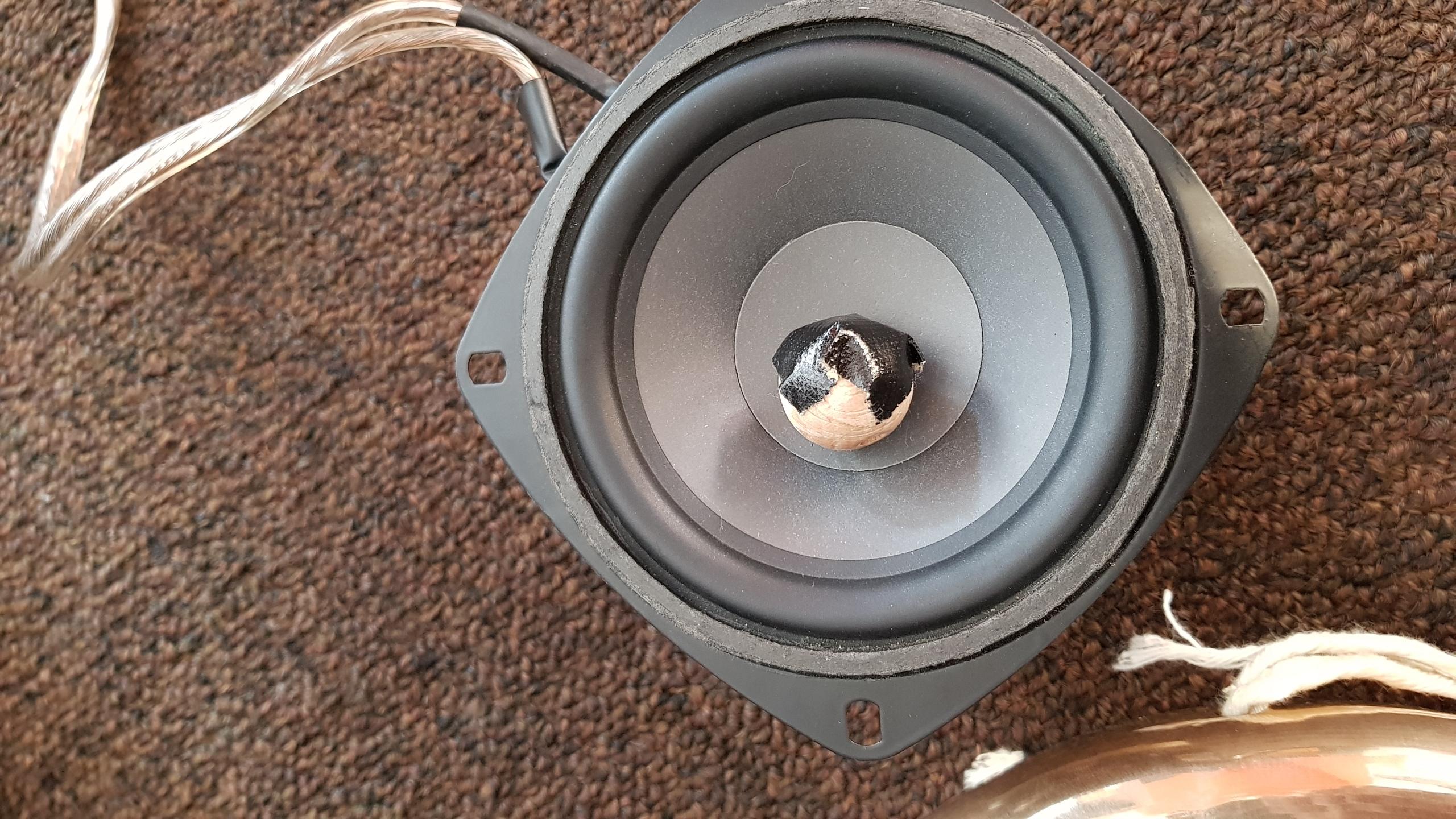 prepared speaker gong